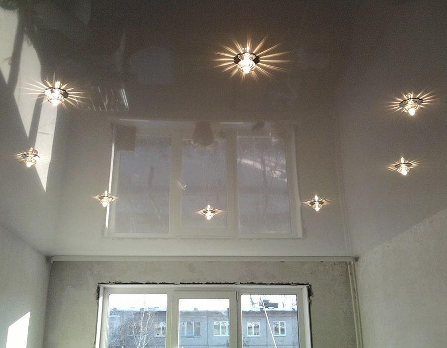 фото натяжной потолок глянцевый Донецк 001
