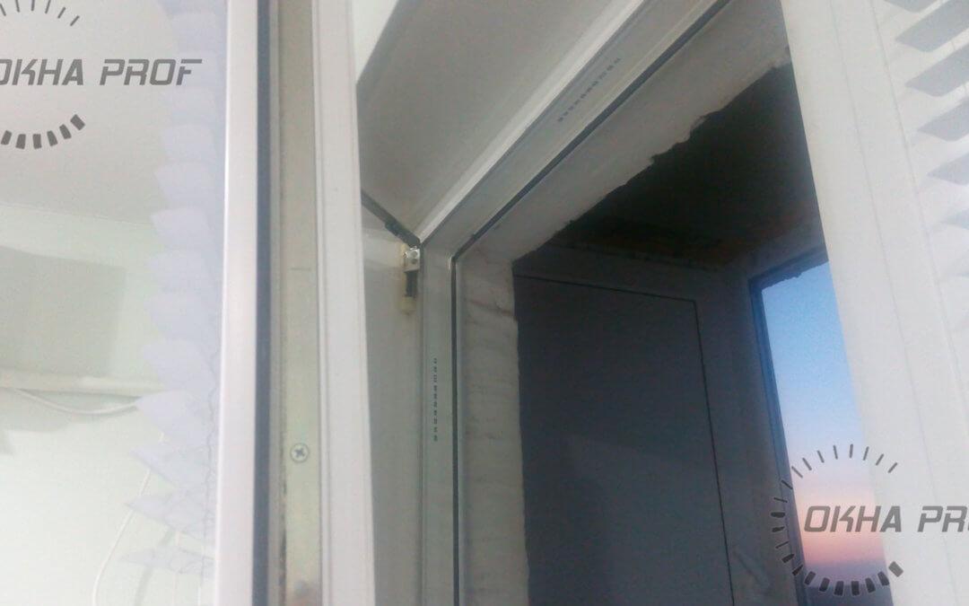 Пластиковое окно не закрывается верхний угол отошел