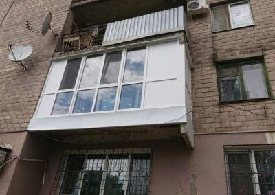 фото большой французский балкон Окна Проф Донецк 002