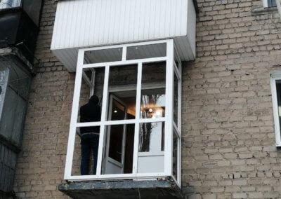 фото маленький французский балкон в Донецке ул Артема