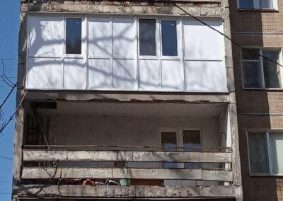 Фото торцевой французской лоджии в Донецке пр Ленинский