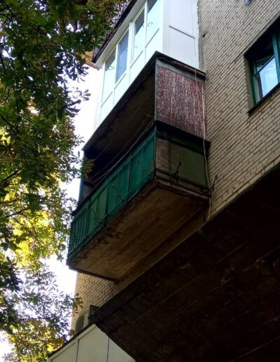 фото французский балкон вид с улицы Амвросиевка Окна Проф