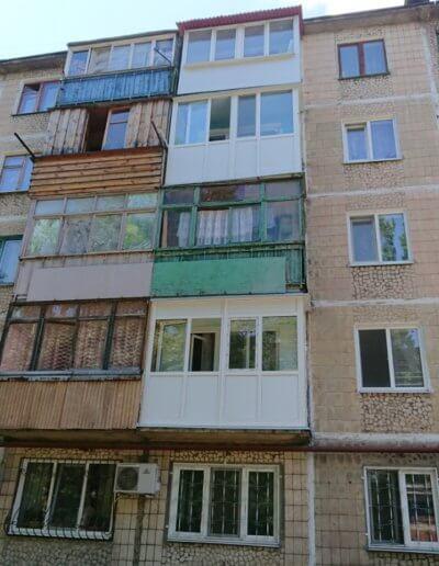 фото французский балкон под ключ вид снаружи компания Окна Prof Донецк