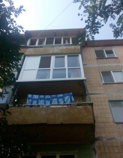 фото французский балкон вид с улицы Донецк ул Волгодонская 7Г Окна Проф 005
