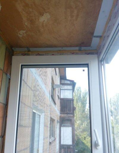 фото французский балкон боковая створка Донецк ул Волгодонская 7Г Окна Проф 003