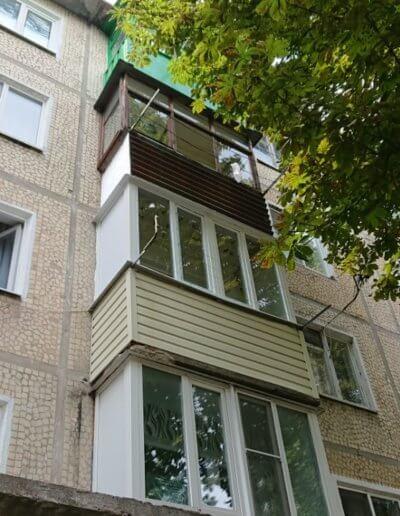 фото пластиковый каркасный балкон в Донецке ул Крамарчука в готовом виде