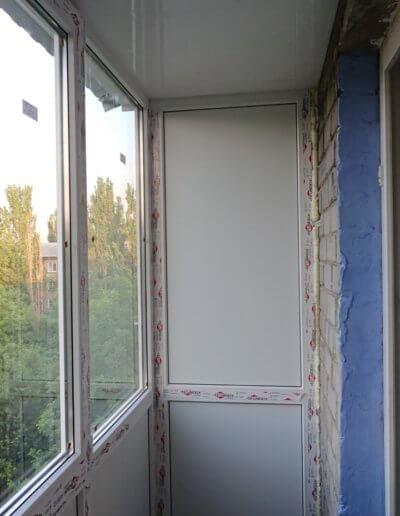 фото французского балкона Донецк ул Газеты Комсомолец Донбасса компанией Окна Проф вид с улицы