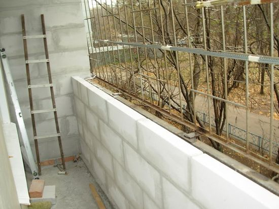 картинка укрепление парапета балкона