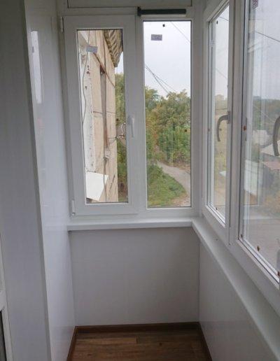 фото балкон внутри Донецк Окна Проф 004