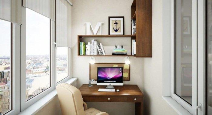 картинка компьютерный стол на балкон