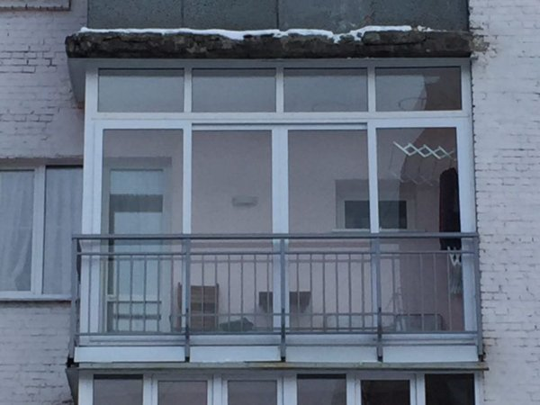 картинка французский балкон в хрущевке