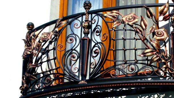 картинка красивый французский балкон