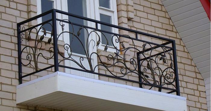картинка кованые ограждения балконов