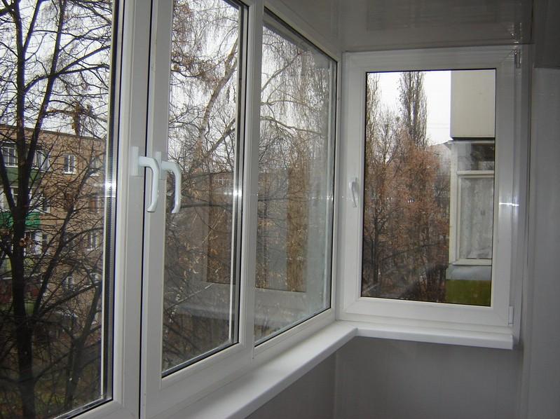 картинка теплый способ остекления балкона