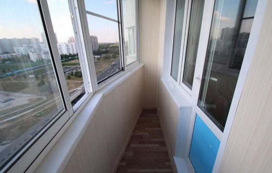 картинка остекленение балкона