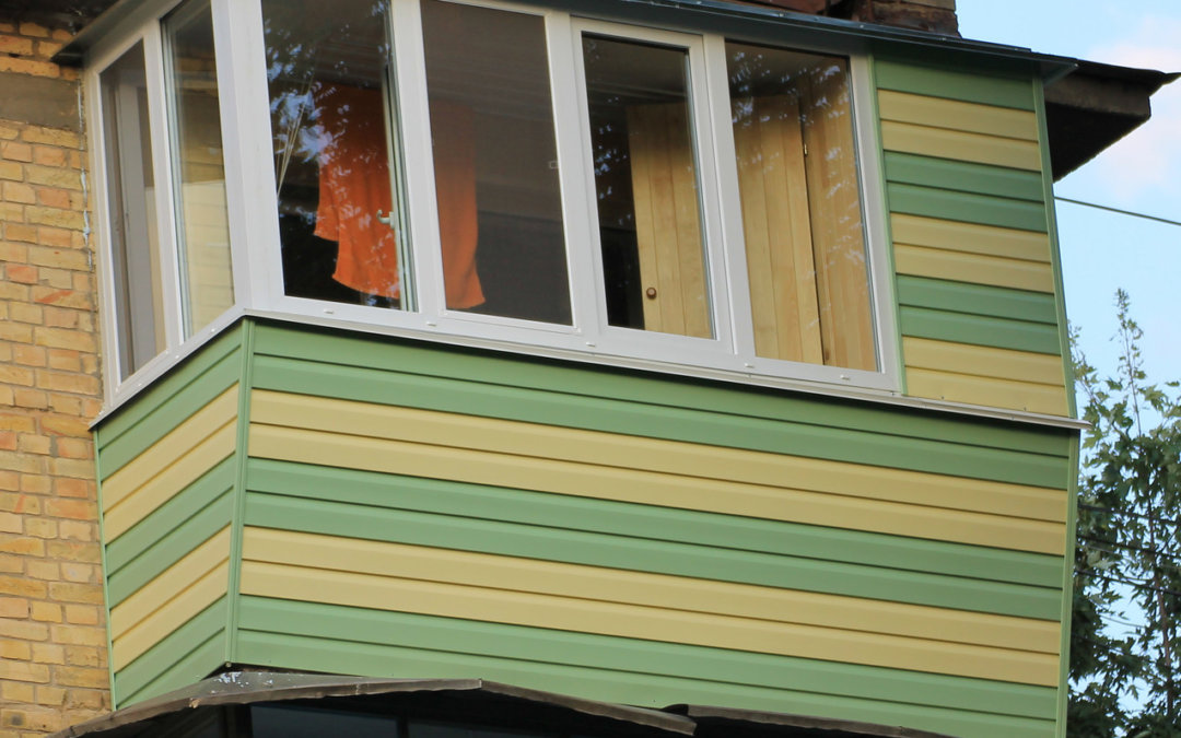 Размер балкона в «хрущевке»: способы увеличения ширины и варианты остекления