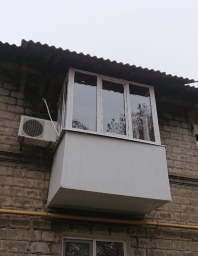 фото балкон Донецк ул Уральская 18 работа Окна Проф 001