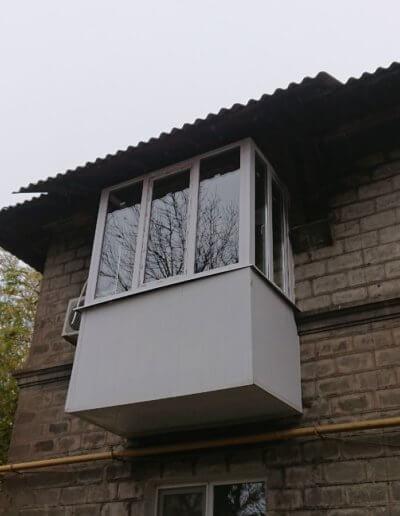 фото балкон Донецк ул Уральская 18 работа Окна Проф 002