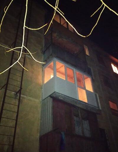 фото балкон Донецк ул Восточная 8 работа Окна Проф 003