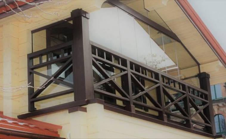 картинка Балкон в частном доме