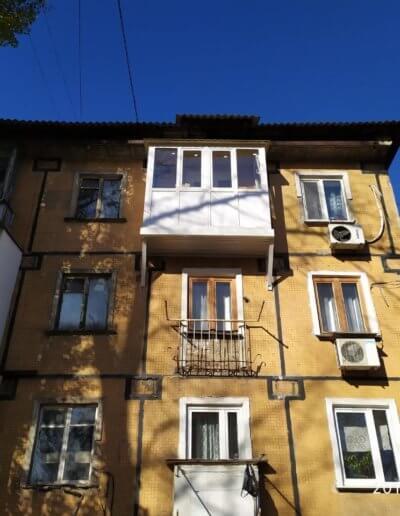 фото французский балкон с расширенной плитой ул багратиона Донецк Окна Prof