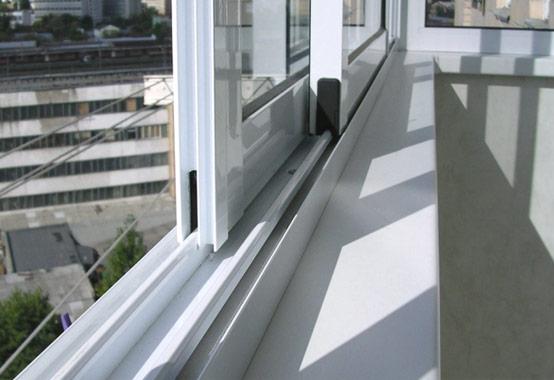 картинка холодное остекление балконов