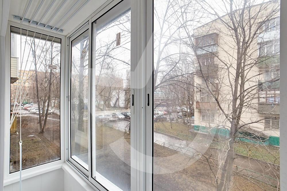 картинка холодное остекление балкона