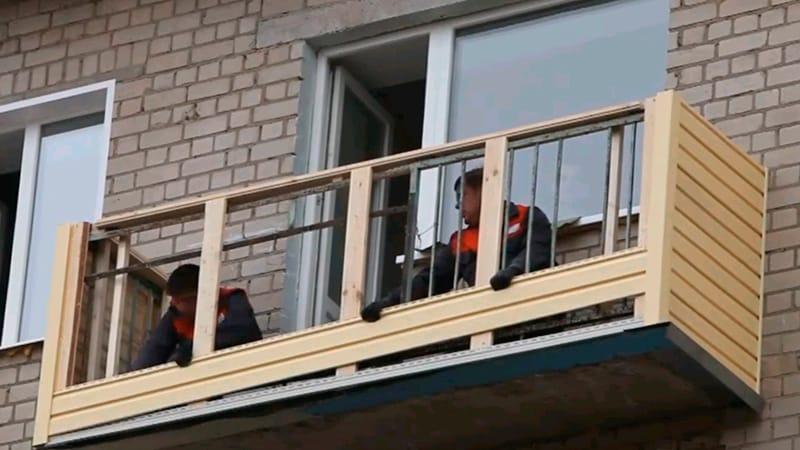 картинка обшивка балкона своими руками