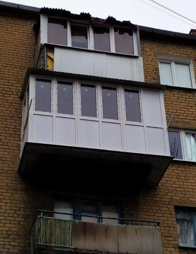 фото французский балкон с расширением плиты Окна Проф Донецк 001