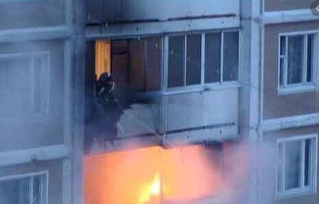 картинка пожар на балконе