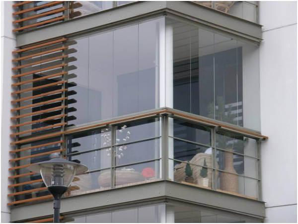 картинка безрамное остекленение балкона