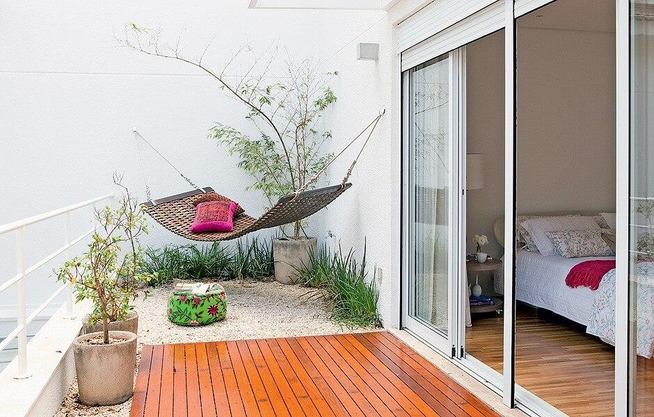 картинка гамак на балконе
