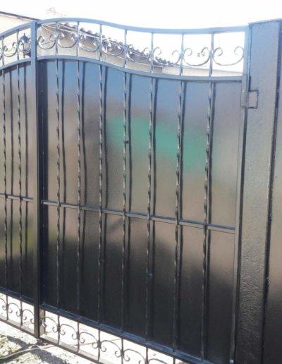 фото ворота из профнастила в Донецке 003