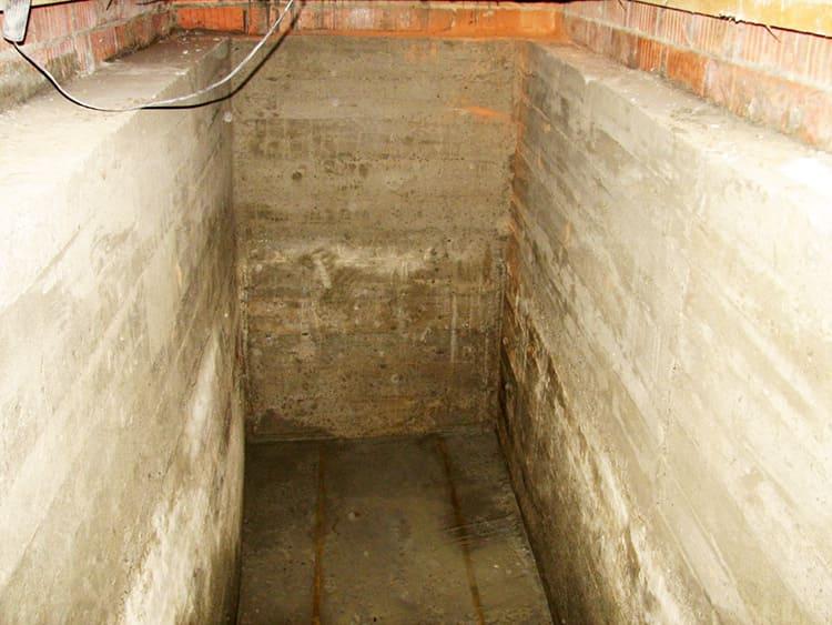 картинка стены погреба