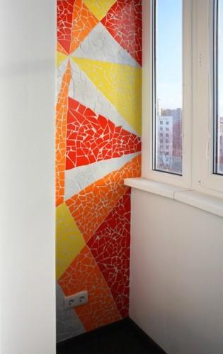 картинка мозаика из остатков плитки на балконе