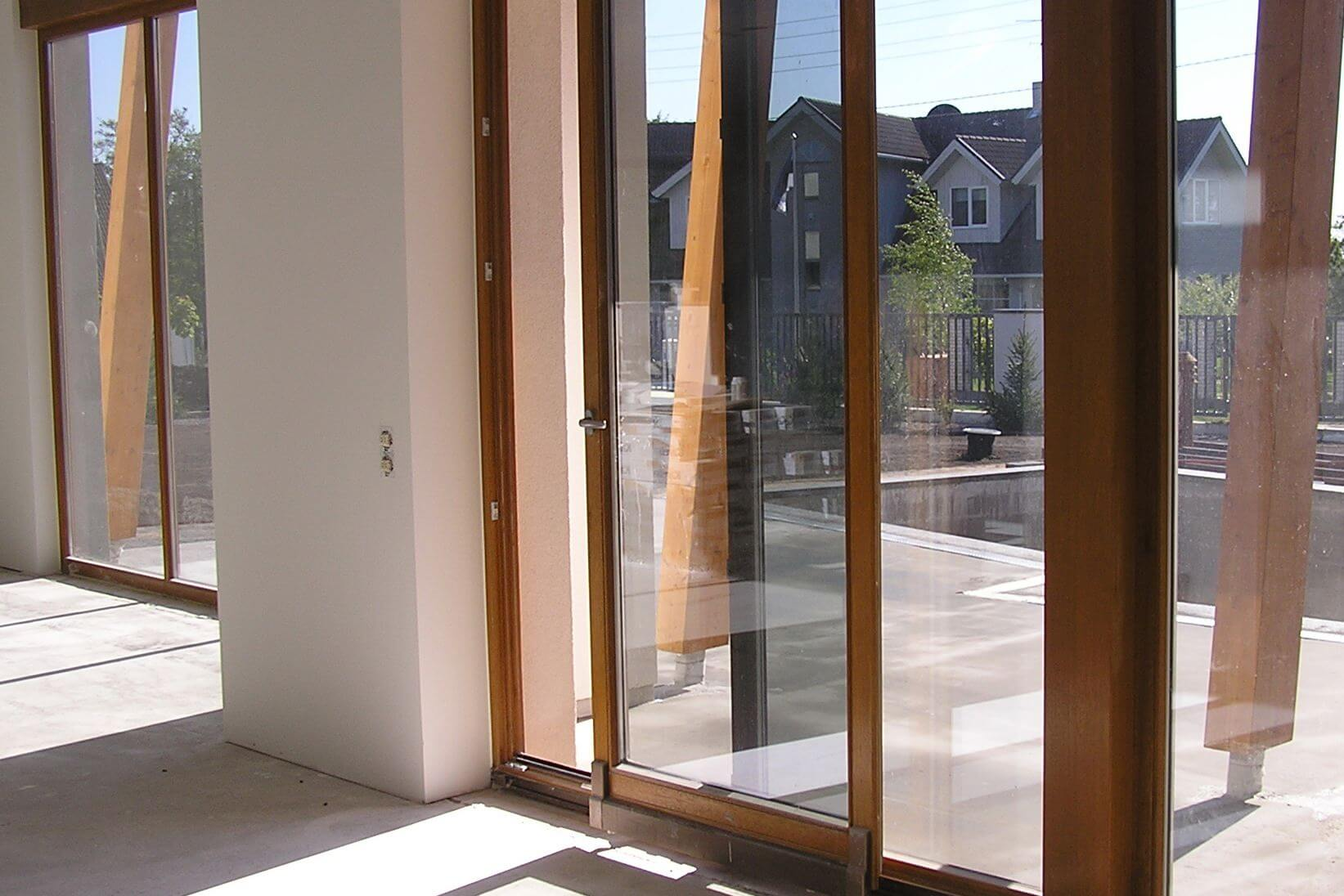 картинка остекление балкона профилем Слайдорс в пол