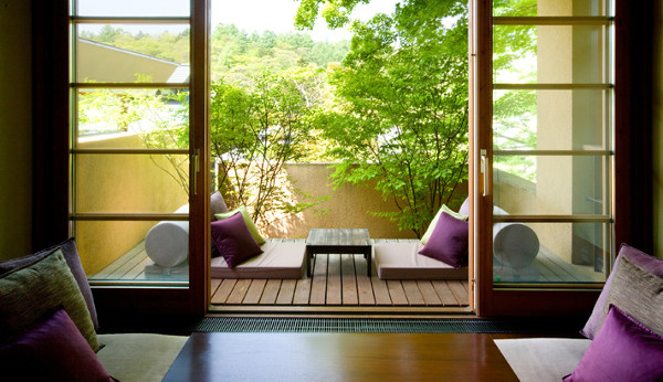 Как обустроить балкон: идеи и советы