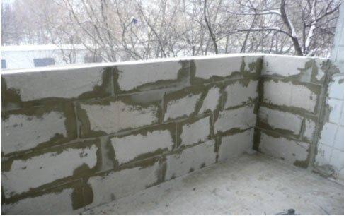 картинка балкон из пеноблоков
