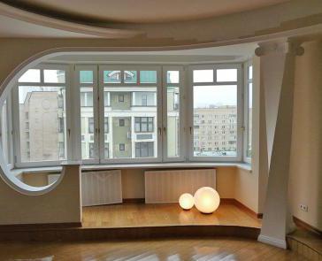 картинка подиум на балконе
