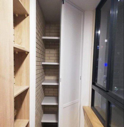 картинка угловой шкаф на балкон