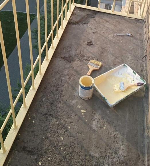 картинка пол на открытом балконе
