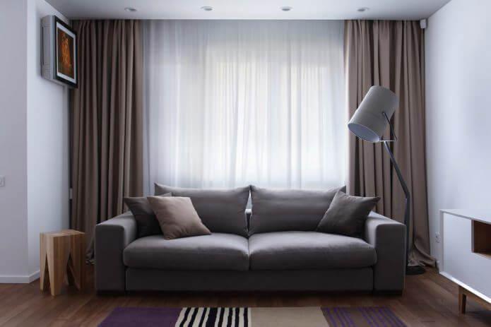 картинка диван вдоль окна спинкой вплотную