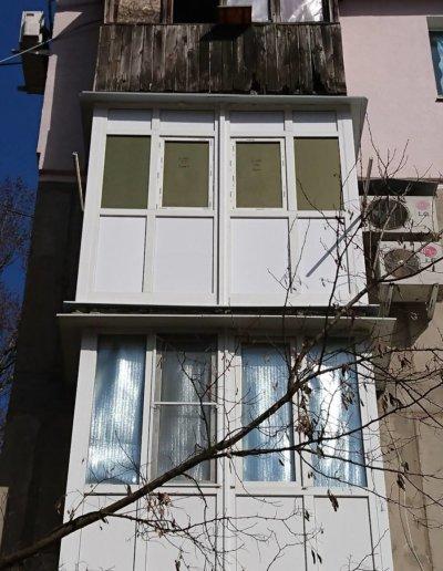 фото французское остекление балкона в Донецке ул Семашко д14 Окнапроф 006