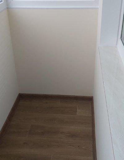 фото внутренняя отделка балкона ул Щетинина дом 25 окнапроф 001