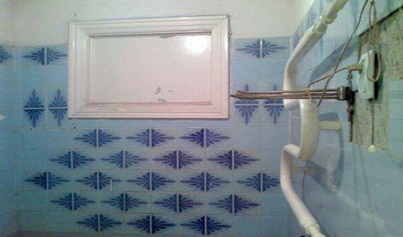 картинка заделываем окно в ванной