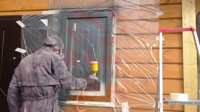 картинка покраска окна в респираторе