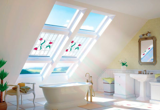 картинка потолочное окно