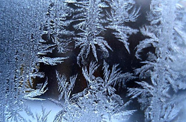 картинка замерзшее окно