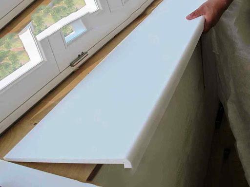 Замена подоконника пластикового окна