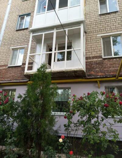 французский балкон: Макеевка 57-й квартал д 12 -004
